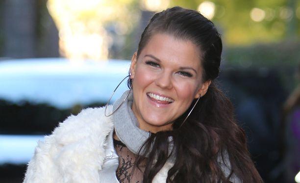 Saara Aalto nousee X Factor UK:n live-lavalle jälleen lauantaina.
