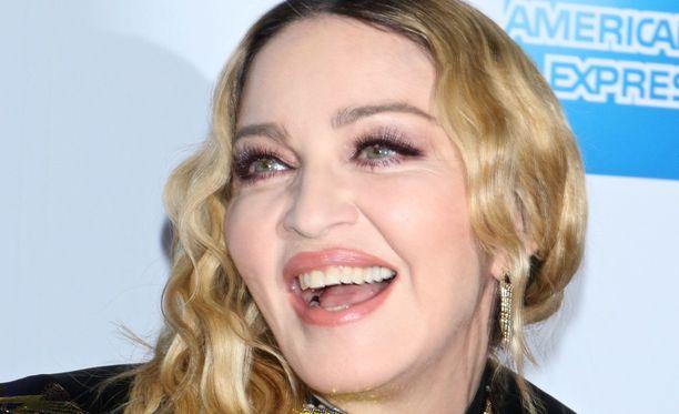 58-vuotias Madonna on tottunut kohuihin.