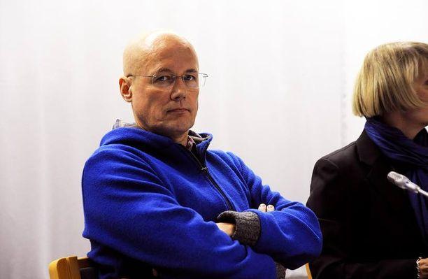 Esa Laiho pidätettiin ensimmäisen kerran jo vuonna 2011, kun hän paljastui valelääkäriksi. Kuva on otettu Pasilan poliisitalolla vuonna 2011.