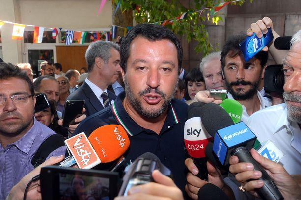 Sisäministeri Matteo Salvinista aloitettiin rikostutkinta.