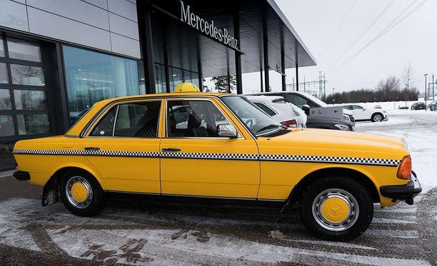 Auto maksoi myyjän mukaan uutena 168 400 markkaa.