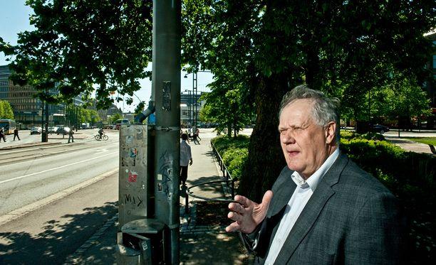 Pitkäaikainen keskustan poliitikko, iisalmelainen kansanedustaja Seppo Kääriäinen peräänkuuluttaa hallitukselta oikeudenmukaisuutta.