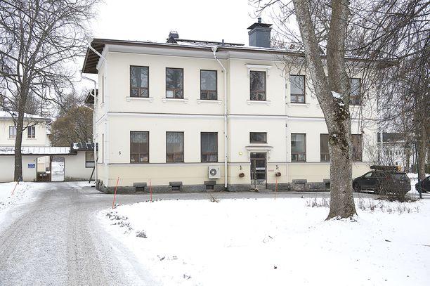 Pitkäniemen sairaalassa oli joulukuussa 2016 tapahtunut ikävä tapaus, jossa nuori poika oli jätetty ulos yli tunniksi.