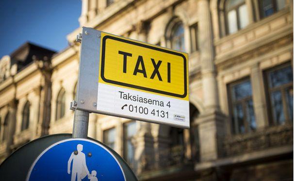 Kiista taksien tilaussovelluksesta sai yllätyskäänteen, kun tilauksen kertaalleen hylännyt yritys päättikin ostaa sen.