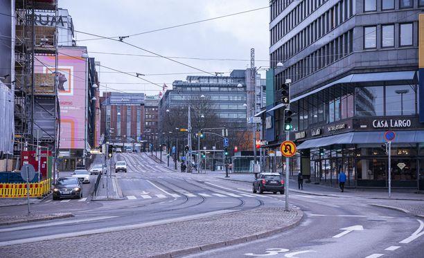 Helsingissä on nyt hiljaisia katuja.