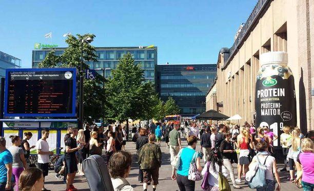 Rautatieasema evakuoitiin.