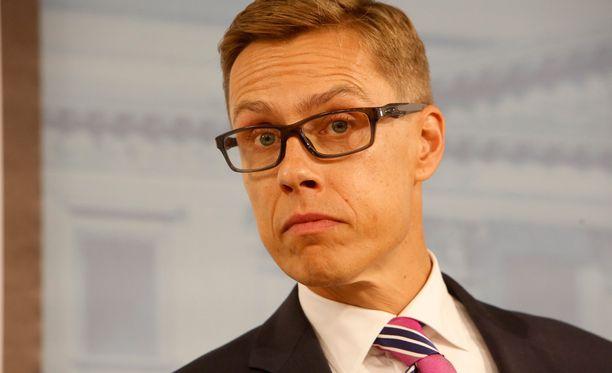 Stubbin lisäksi Rossiiskaja Gazeta listaa useita muitakin suomalaisministereitä.