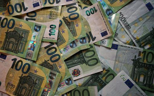 Pienituloinen säästöekspertti testasi 10 suosituinta säästöneuvoa – kertoo nyt mikä toimii