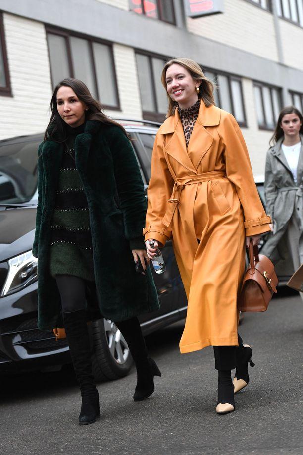 Onko se takki vai mekko? Parhaimmillaan paitamekko toimii molempina!