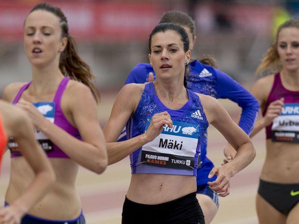 Kristiina Mäki on voittanut useita Suomen mestaruuksia juoksuradalla.