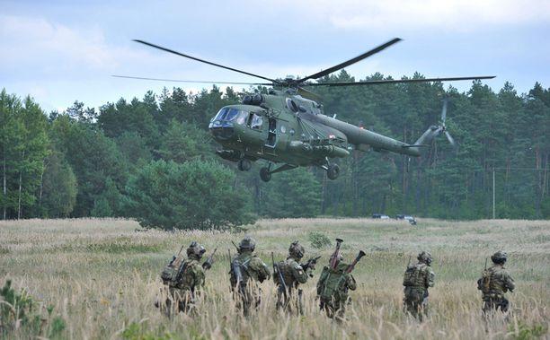 Sotilaat osallistuivat Puolassa järjestettyyn Nato-harjoitukseen tiistaina.