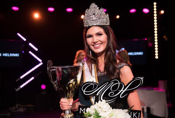Nina Kallio on menestynyt hyvin myös kansainvälisissä kauneuskilpailuissa. Miss Tourism World -kilpailussa hän sijoittui kolmanneksi.