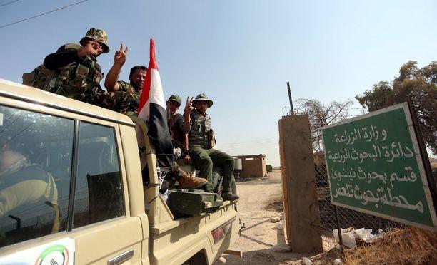 Irakin shiiamilitia Tal Afarin kaupungissa.