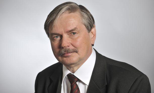 Kansanedustaja Martti Mölsä vannoo, että ainakaan hän ei loikkaa enää takaisin perussuomalaisiin.