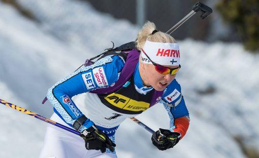 Mari Laukkasen urakka ampumahiihdon maailmancupissa päättyi pyhänä Oslon Holmenkollenilla.