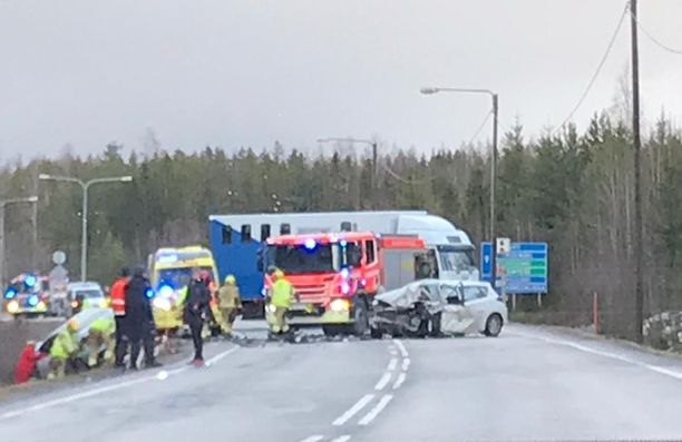 Nokkakolari tapahtui lauantaina iltaseitsemän jälkeen Kanta-Hämeen Riihimäellä.