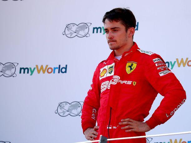 Charles Leclerc, 21, on saanut maksella ensimmäisellä Ferrari-kaudellaan niitä kuuluisia oppirahoja.