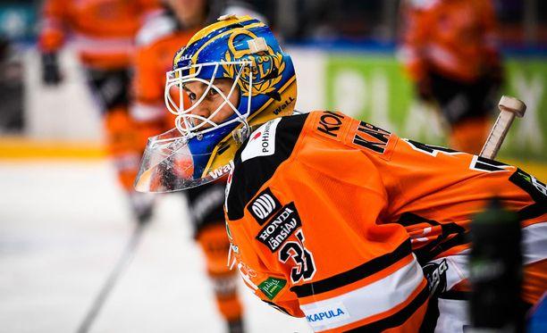 Antti Karjalainen tarvitsi nollapeliin 22 torjuntaa.