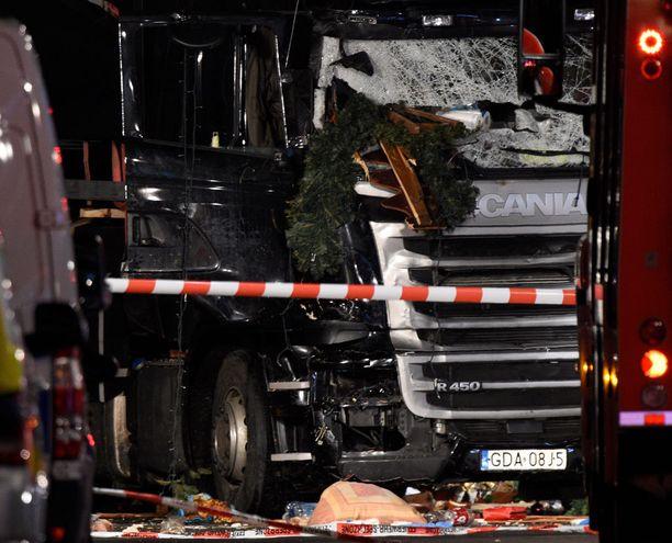 Saksalainen Bild-lehti on julkaissut myös kuvan epäillyn terrori-iskun tekijän kiinniotosta.
