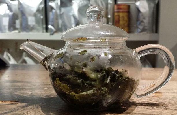 Laadukkaassa teessä teelehdet ovat isoja.