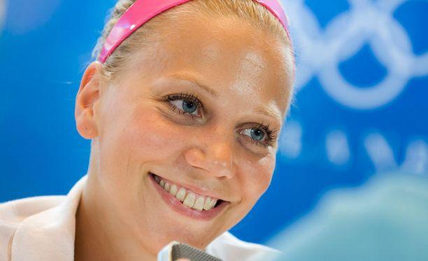 Anu Nieminen voitti avausottelunsa Lontoossa.
