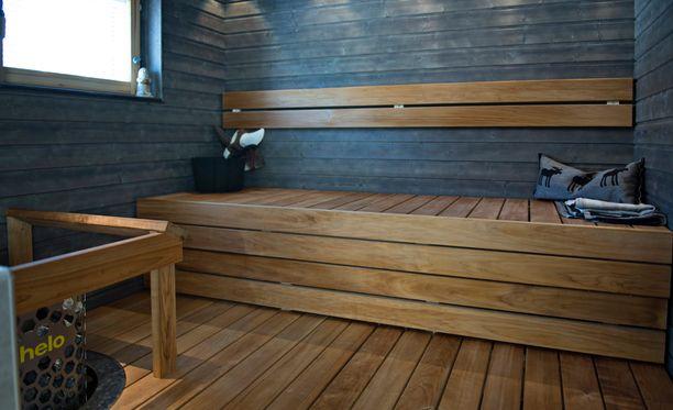 Suomessa on yli kolme miljoonaa saunaa. Se on enemmän kuin Suomessa on autoja.