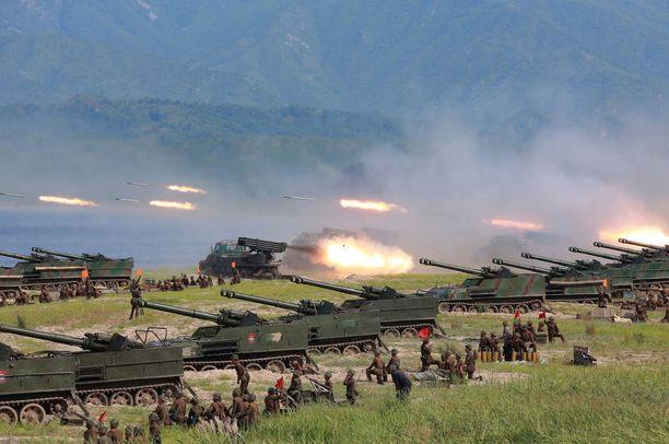 Kuva Pohjois-Korean sotaharjoituksista, jotka pidettiin elokuussa.