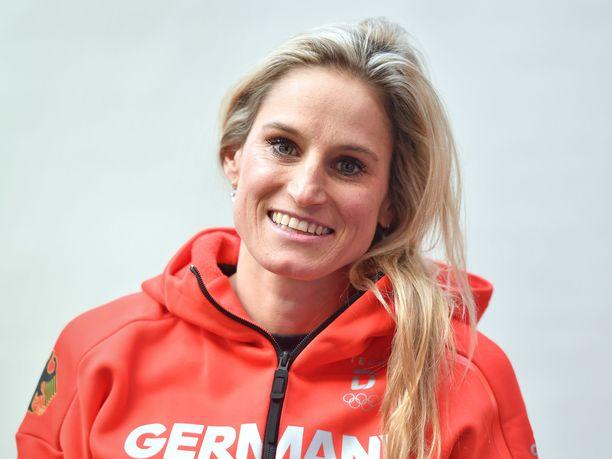 Nicole Fessel oli voittamassa Saksalle viestipronssia vuoden 2014 olympialaisissa Sotshissa.