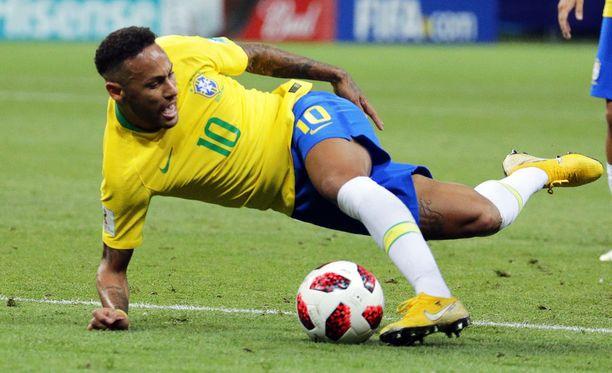 Neymar vietti tilastojen mukaan yli 14 minuuttia kentän pinnassa MM-kisoissa.