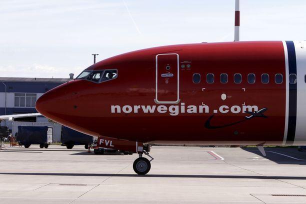 Norwegian ilmoitti tiistaina iltapäivällä keskeyttävänsä lentonsa Boeing 737 MAX 8-koneilla.