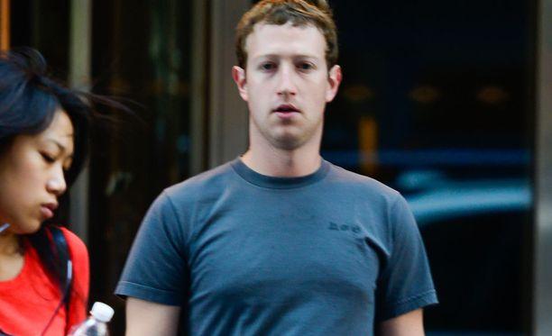 Mark Zuckerbergistä tuli isä kaksi viikkoa sitten.