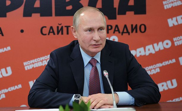 Venäjän presidentti Vladimir Putin ylisti Pohjois-Korean johtajaa Kim Jong-unia vuolaasti torstaina.