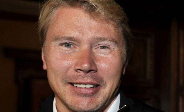 Mika Häkkinen kuuluu Valtteri Bottaksen tukihenkilöihin.