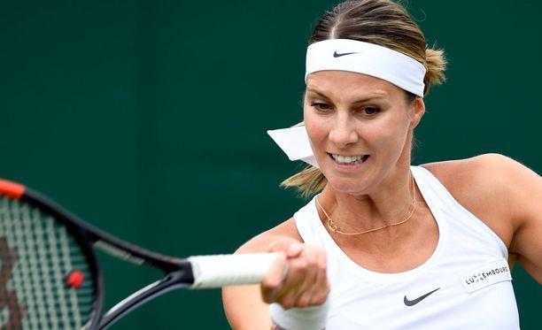 Mandy Minellan kaksinpeliturnaus päättyi ensimmäiselle kierrokselle.