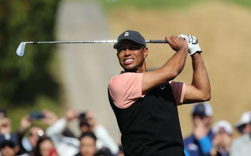"""Valmentajalegenda kutsuu Tiger Woodsia ylimieliseksi mulkuksi – """"haluaa repiä sydämesi irti"""""""