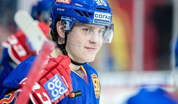 Leijonien päävalmentaja Lauri Marjamäki voi testata Jokerien Eeli Tolvasta vain Karjala-turnauksessa.