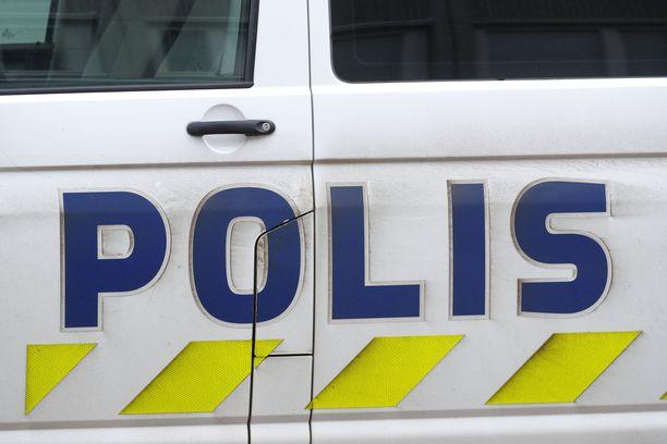 Liikenneonnettomuus tapahtui Liperissä, Liperintien ja Sirppitien risteyksessä.