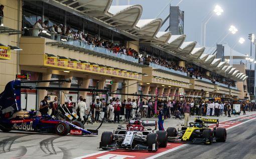 Kova päätös: F1-kauden toinen kisa ajetaan tyhjille katsomoille