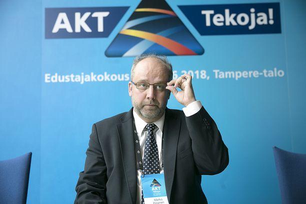 AKT:n puheenjohtaja Marko Piirainen sanoo Iltalehdelle, että kyseessä on huomattavan laaja toimenpide, jolla on vaikutuksia monella eri alalla.