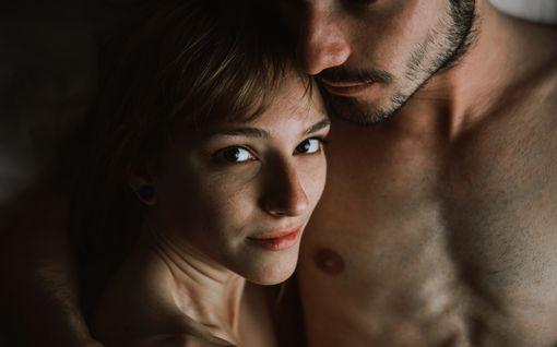 Kannattaako exän kanssa harrastaa seksiä? Tässä plussat ja miinukset