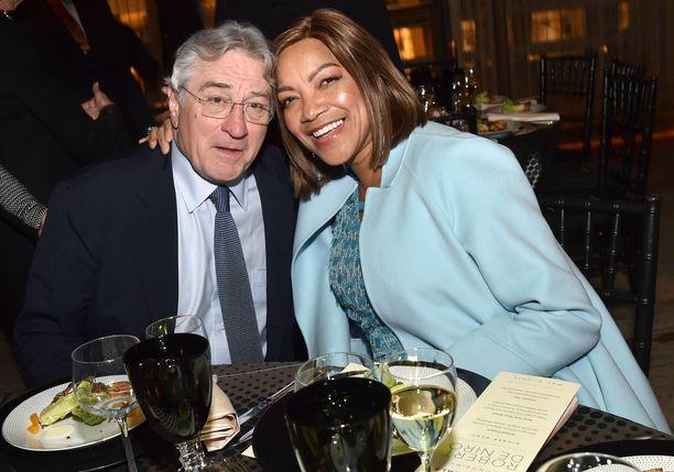 Robert De Niro ja Grace Hightower ovat eronneet. Liitto kesti kaikkiaan 21 vuotta.