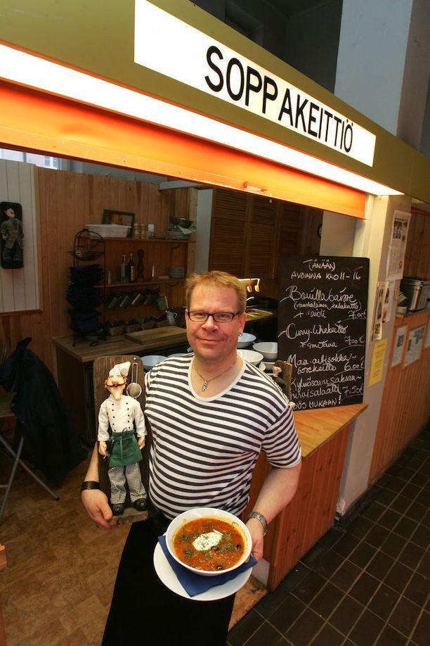 Marc Aulenin soppamestarin maine on perua jo ajoilta, jolloin hän työskenteli Hakaniemen hallin Soppakeittiössä.