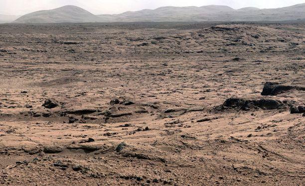 Nasa kuvasi Marsin maisemia marrakuussa 2012. Kuvan nappasi Curiosity-mönkijä.