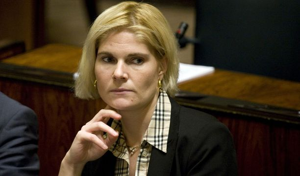 Vuonna 2009 kansanedustaja Merikukka Forsius jätti kaikki hallintoneuvoston kokoukset väliin.