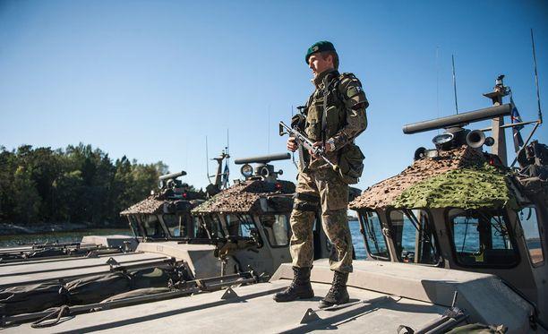 """On vaikea kuvitella, että Putinilla olisi Natoa koskevassa keskustelussa """"ystäviä"""" Suomessa muussa kuin korkeimmassa poliittisessa johdossa, kirjoittaa Alpo Rusi."""