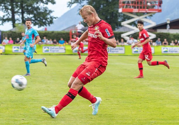 Bayer Leverkusenin Joel Pohjanpalo saattaa olla kokoonpanossa lauantaina Augsburgia vastaan.