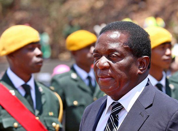 Varapresidentti Emmerson Mnangagwa on takaisin Zimbabwessa. Häntä pidetään yhtenä mahdollisena Mugaben seuraajana.