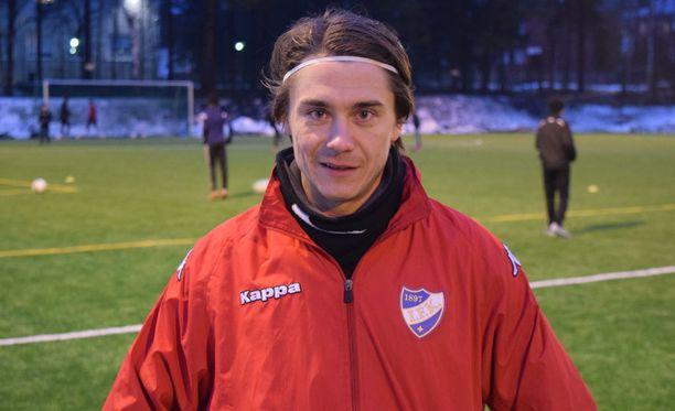 HIFK harjoitteli maanantaina Oulunkylässä. Pekka Sihvola on valmis tiistain derbyyn.