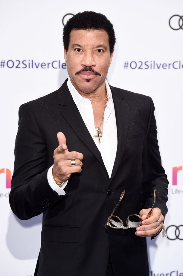Lionel Richie on Oscar-palkittu muusikko. Hänellä on myös tähti Hollywood Walk of Famella.