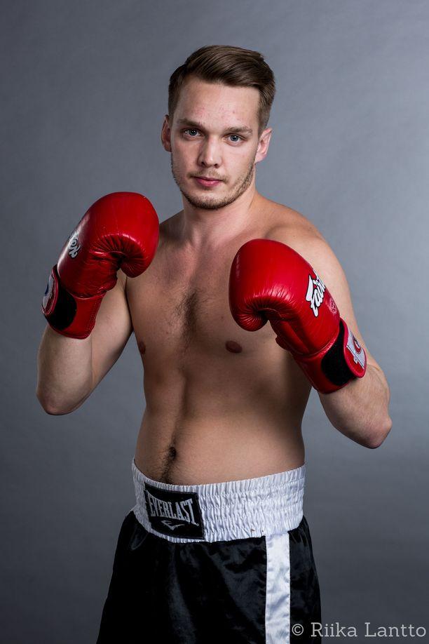 Henri Kurttilan ura ammattilaisnyrkkeilijänä näyttäisi jäävän yhden ottelun mittaiseksi.